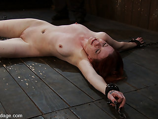 Lilla Katt in Lilla KattHow do you make a lifestyle submissive cry with out hurting her? - DeviceBondage
