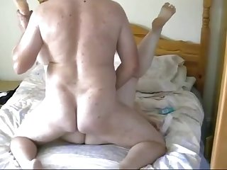 Fucking my fat horny bbw gf on her parents bed
