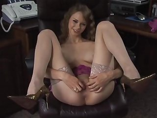 Skinny college girl great anal work